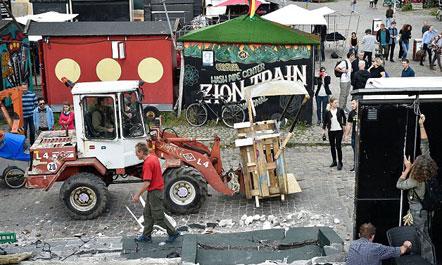Danimarkë, banorët shkatërrojnë kioskat e kanabisit
