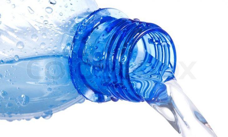 MMPH tenton t'i nxjerrë borxhet milionëshe nga kompanitë që prodhojnë ujë