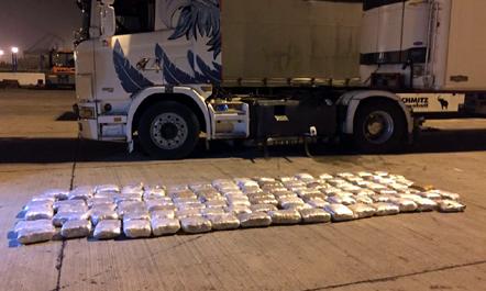 Kapen 130 kilogram drogë në Portin e Durrësit, arrestohet një person