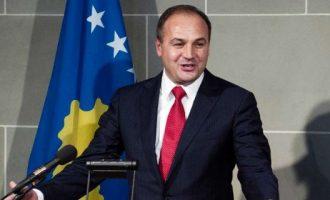 Kryediplomati kosovar fajëson vendet arabe për ekstremizmin fetar