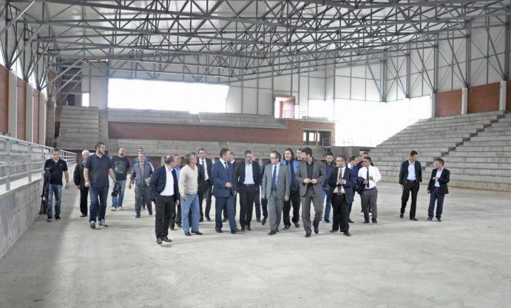 Ministri Shala: Palestra në Rahovec është një nga investimet më të mëdha në sport
