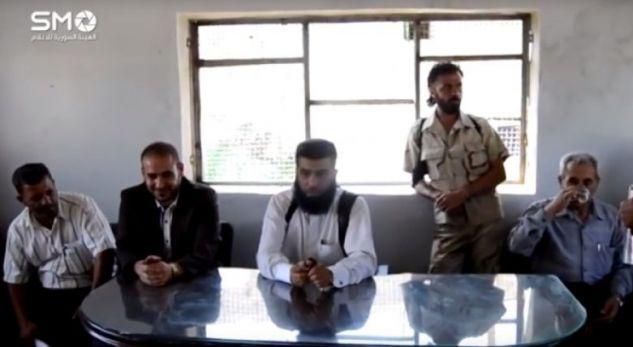 Sulmuesi i ISIS-it vret kryengritësit sirianë gjatë konferencës për shtyp