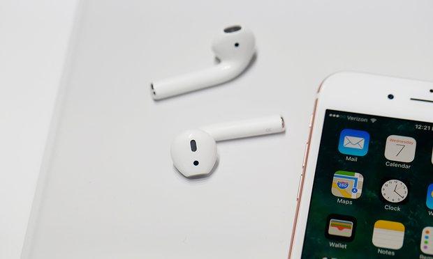 iPhone 7, kufjet zemërojnë fansat