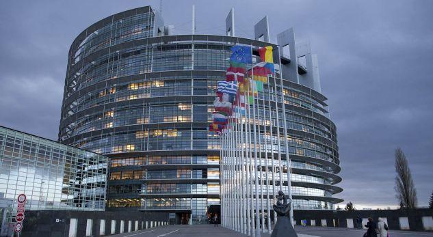 Fillon votimi në Komitetin LIBE për liberalizimin e vizave për Kosovën
