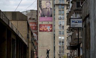 """Ish këshilltari i Regan: Kosova është kthyer në një shtet """"gangsterësh"""""""