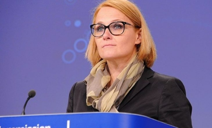 BE: Prishtina t`i lejojë serbët në mitingje