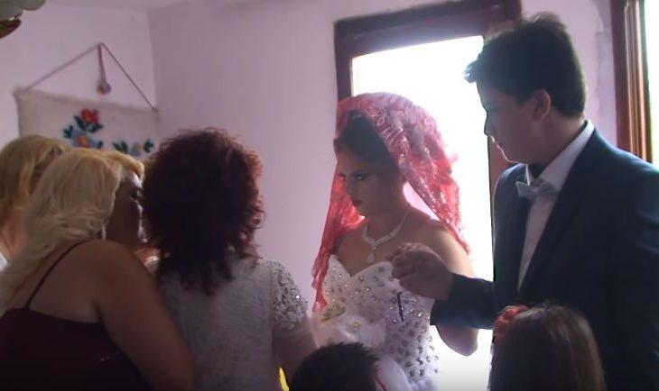 Profesori i UP-së thotë se i kupton martesat mes të miturve
