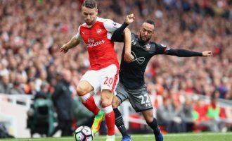 Yjet e Arsenalit urojnë në shqip festën e Bajramit