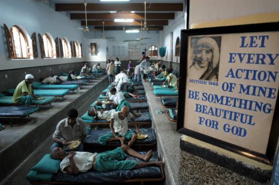 Huffington Post: Ana e errët e Nënë Terezës