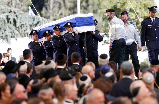 Varroset ish-presidenti izraelit Shimon Peres