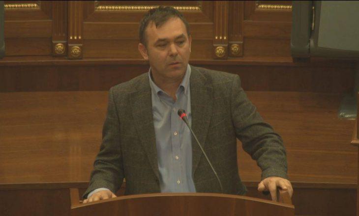 Selimi: Të gjitha kishat serbe në Kosovë janë përmendore të Millosheviqit
