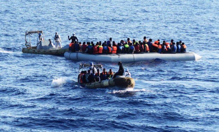 Rojet bregdetare që shpëtuan 650 emigrantë