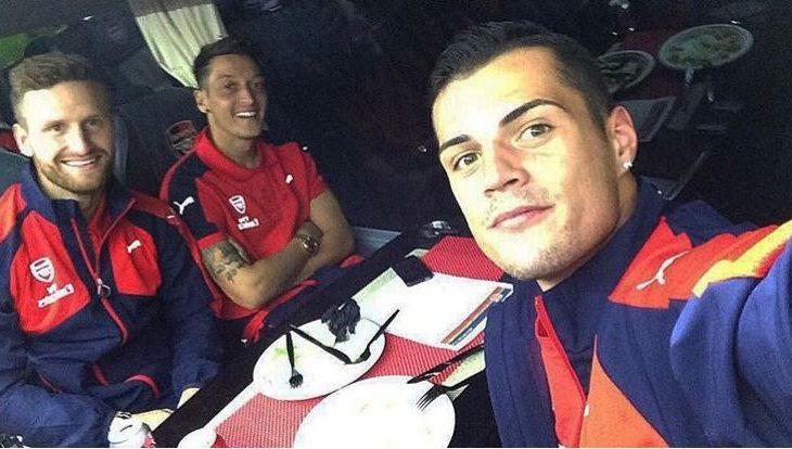"Mustafi uron Xhakën, e quan ""shqipe"""