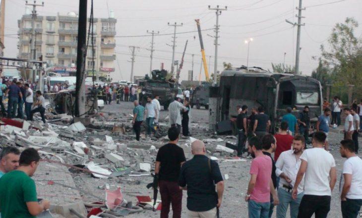 Arrinë në 10 numri i ushtarëve të vrarë nga sulmi në Turqi