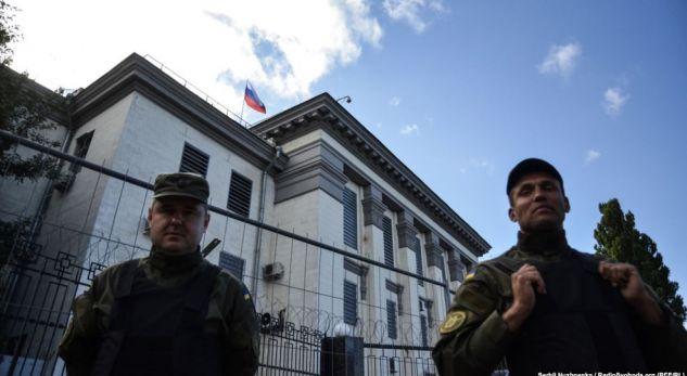Protestë para ambasadës së Rusisë në Kiev