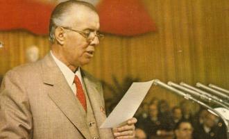 Sekretet e Enver Hoxhës kur dilte para kameras