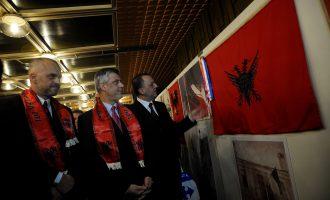 Presidenti i Kosovës: Nuk ka identitet kosovar