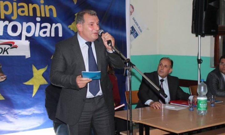 I akuzuari për korrupsion i bashkohet partisë që udhëhiqet nga një i akuzuar tjetër
