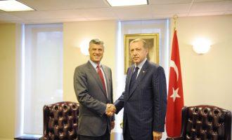 """Kërkesa e Erdoganit ndaj Thaçit për """"shkollat e Gulenit"""""""