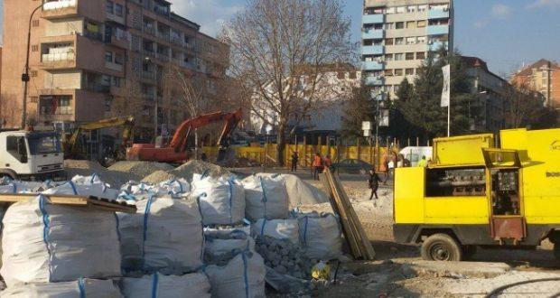 Ministria e Mjedisit: Lartësia e murit në veri në përputhje me marrëveshjen