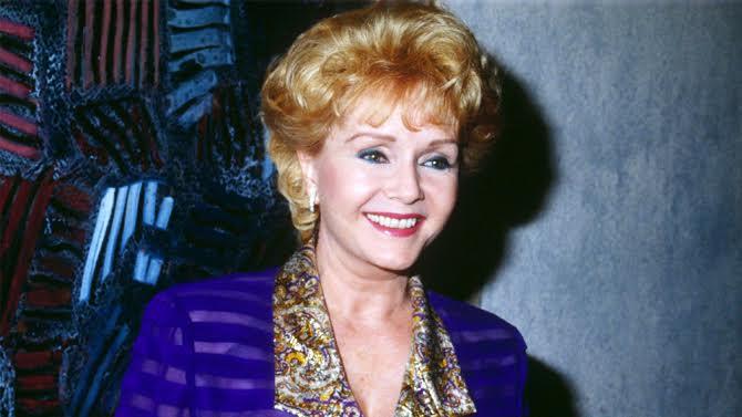 Vdes aktorja amerikane Debbie Reynolds, një ditë pas vajzë së saj Carrie Fisher