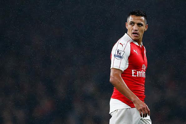 Juventus shet dy sulmues për të siguruar paratë për Sanchezin