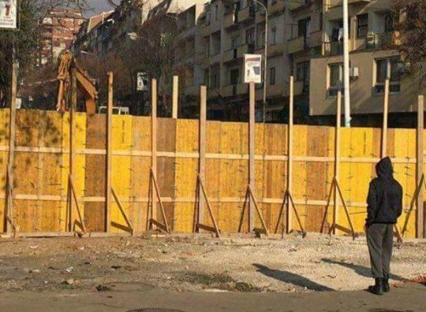 Apostolova: Në Mitrovicë nuk do të ketë mur por lule të bukura
