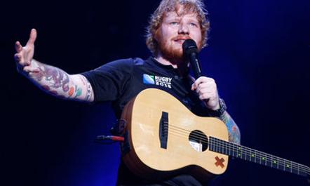 Ed Sheeran rikthehet pas 2 vitesh me 2 këngë të reja