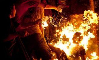 Vetvritet duke u djegur me benzinë – dëshmitarët nuk munden ta shpëtonin