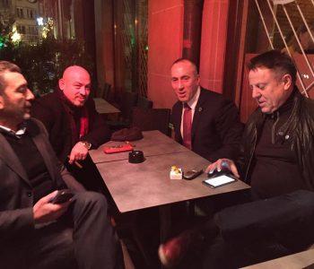 Haradinaj festoi lirimin i shoqëruar nga i dënuari për fajde në SHBA