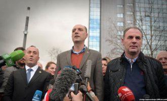 Takimi në Bruksel ribashkon opozitën