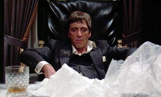 """""""Njeriu me shenjë"""" ishte hakmarrja e Oliver Stone ndaj kokainës"""