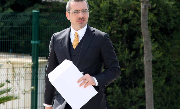 Reagon ministri Tahiri: Nuk kam dhënë dorëheqje