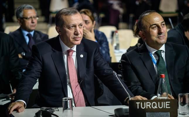 """Opozita në Turqi i druhet """"diktaturës"""""""