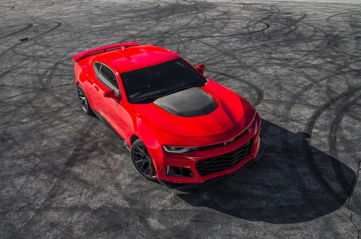 2017-Chevrolet-Camaro-ZL1-top-view