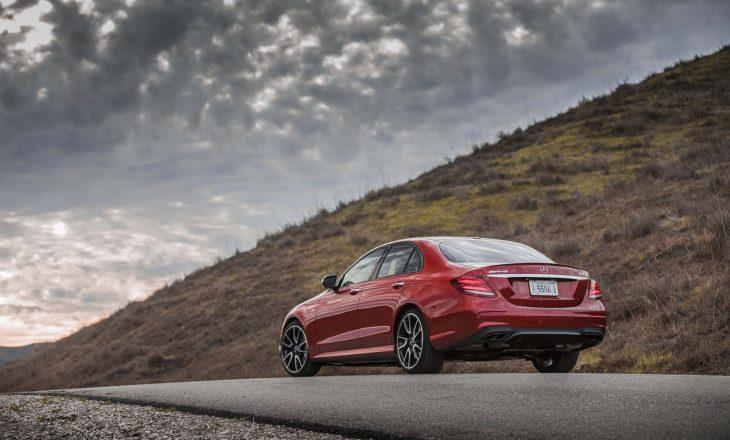 Mercedesi tërheq 354 mijë makina nga SHBA