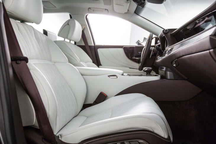 2018-Lexus-LS-500
