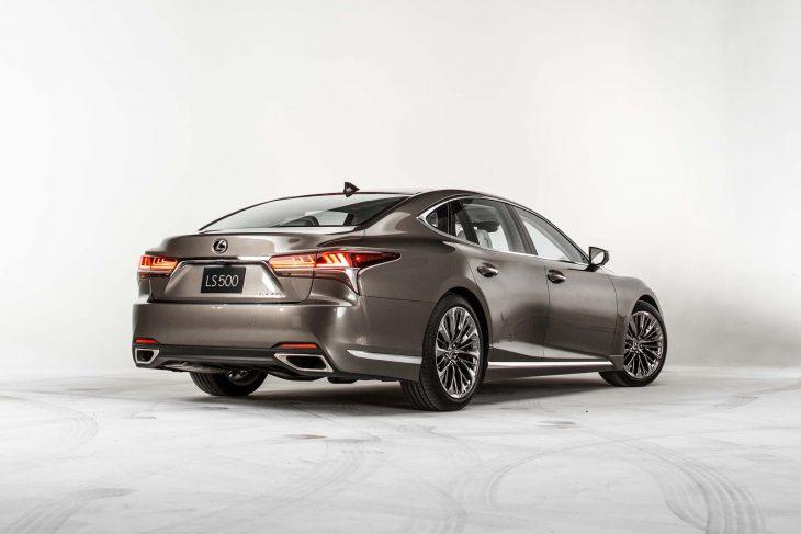 2018-Lexus-LS-500-