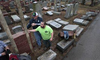 Myslimanët rindërtojnë varrezat hebreje