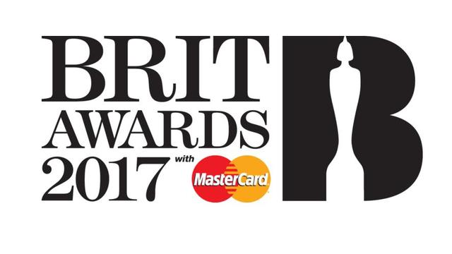 Brit Awards hap natën e çmimeve