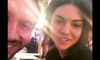 Kendall Jenner përshëndet shqiptarët për Pavarësinë e Kosovës [video]