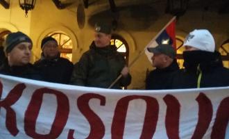 Manifestim kundër Pavarësisë së Kosovës para Ambasadës së SHBA-ve në Poloni