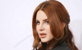 """Lana Del Rey publikon këngën e re """"Love"""""""