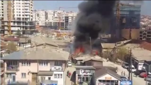 Zjarr në lagjen Dardania në Prishtinë