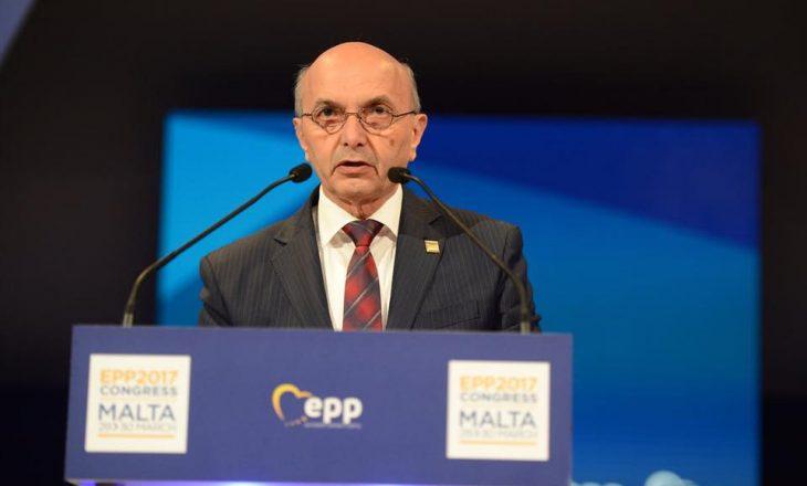 """Mustafa kërkon """"zgjidhje kreative"""" për vizat deri të ratifikohet demarkacioni"""
