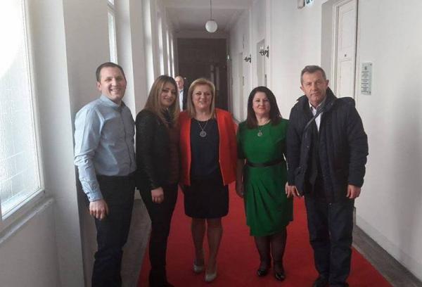 Deputetja shqiptare në Kroaci angazhohet për hapjen e Katedrës së Gjuhës Shqipe