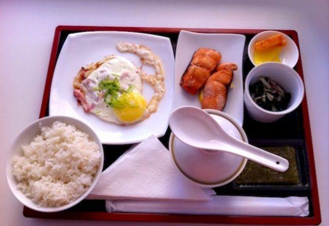 Zakone të të ushqyerit që i mbajnë japonezët në formë