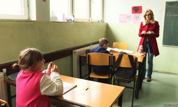 Shpërnguljet lënë shkollat në fshatra me pak nxënës