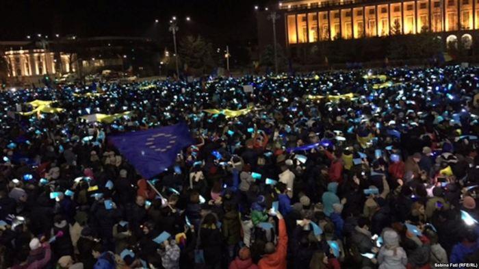 Vazhduan protestat kundër qeverisë në Rumani