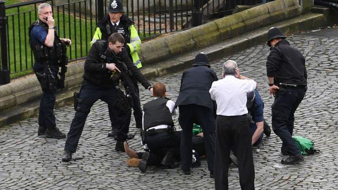 Arrin në katër numri i të vdekurve nga sulmi në Londër